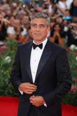photo 58/69 - George Clooney - Tapis rouge du film Les Marches du pouvoir, 31 aout 2011, Venise - Les Marches du pouvoir - © Isabelle Vautier pour Commeaucinema.com