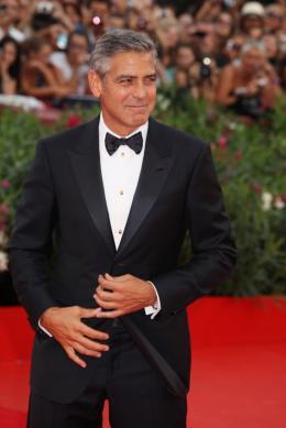 photo 57/69 - George Clooney - Tapis rouge du film Les Marches du pouvoir, 31 aout 2011, Venise - Les Marches du pouvoir - © Isabelle Vautier pour Commeaucinema.com