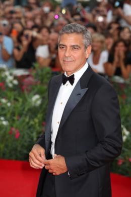 photo 42/69 - George Clooney - Tapis rouge du film Les Marches du pouvoir, 31 aout 2011, Venise - Les Marches du pouvoir - © Isabelle Vautier pour Commeaucinema.com