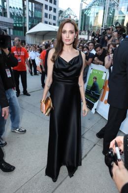 photo 20/35 - Angelina Jolie - Avant-première du film Le Stratège à Toronto - Le Stratège - © Sony Pictures