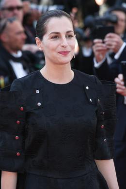 Amira Casar Cannes 2017 Clôture Tapis photo 1 sur 108