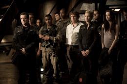 Stargate Universe - Saison 2 Louis Ferreira, Jamil Walker Smith, Patrick Gilmore, Alaina Huffman, Elyse Levesque photo 10 sur 12