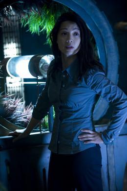 Stargate Universe - Saison 2 Ming-Na photo 3 sur 12