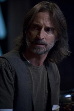 Stargate Universe - Saison 2 Robert Carlyle photo 4 sur 12