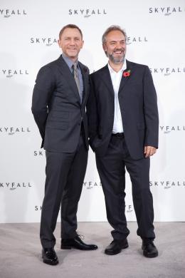 photo 43/67 - Daniel Craig et Sam Mendes - Conf�rence de presse du film Skyfall - Skyfall - © Sony Pictures