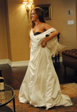photo 14/25 - Isla Fisher - Bachelorette - © Mars Distribution