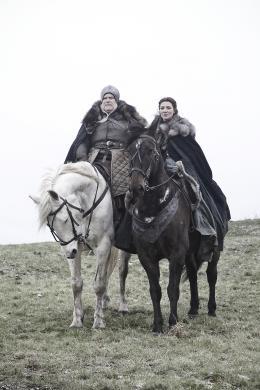 photo 18/78 - Ron Donachie, Michelle Fairley - Game of Thrones - Saison 1 - © Warner Home Vidéo