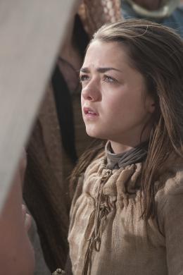 photo 28/78 - Maisie Williams - Game of Thrones - Saison 1 - © Warner Home Vidéo