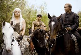 photo 39/78 - Emilia Clarke, Iain Glen - Game of Thrones - Saison 1 - © Warner Home Vidéo
