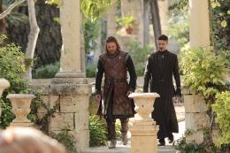 photo 37/78 - Sean Bean, Aidan Gillen - Game of Thrones - Saison 1 - © Warner Home Vidéo