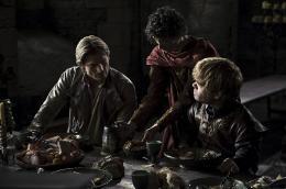 photo 58/78 - Nikolaj Coster-Waldau, Patrick Dinklage - Game of Thrones - Saison 1 - © Warner Home Vidéo