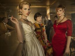 photo 7/10 - January Jones, Elisabeth Moss, Christina Hendricks - Mad Men - Saison 4 - © Metropolitan FilmExport