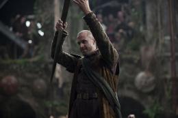 photo 10/14 - Joseph Fiennes - Camelot - Saison 1 - © Métropolitan Film Export
