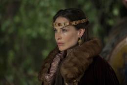 photo 12/14 - Claire Forlani - Camelot - Saison 1 - © Métropolitan Film Export