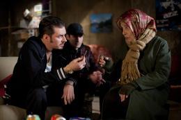 photo 5/18 - Bernadette Lafont, Paco Boublard - Paulette - © Gaumont Distribution