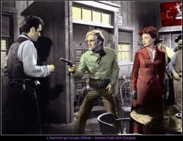 photo 11/13 - Kirk Douglas, Jeanne Crain - L'homme qui n'a pas d'étoile - © Swashbuckler Films