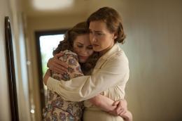 photo 15/17 - Kate Winslet et Evan Rachel Wood - Mildred Pierce - © Warner Home Vidéo