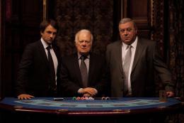 photo 6/10 - Jérome Robart, Philippe Nahon - Mafiosa - Saison 4 - © Studio Canal Vidéo