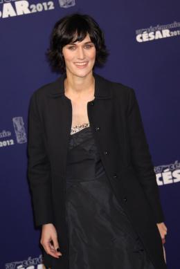 photo 66/76 - Clotilde Hesme - Tapis Rouge de la 37ème Nuit des Césars 2012 - César 2012 : Toutes nos photos du Tapis Rouge - © Isabelle Vautier pour CommeAuCinema.com