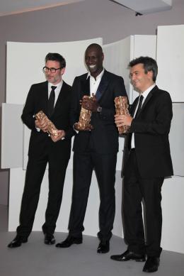 37e Cérémonie Des César 2012 Michel Hazanavicius, Omar Sy et Thomas Langmann - Photocall des lauréats - César 2012 photo 7 sur 162
