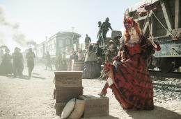 photo 21/105 - Helena Bonham Carter - Lone Ranger - © Walt Disney Studios Motion Pictures France