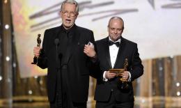 photo 44/44 - J. Roy Helland et Mark Coulier - 84ème Cérémonie des Oscars 2012 - La Dame de Fer - © oscar.go.com