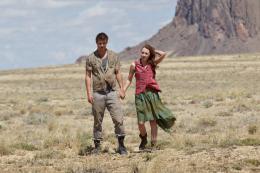 photo 24/48 - Max Irons, Saoirse Ronan - Les âmes vagabondes - © Metropolitan Film