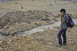 photo 3/6 - Polluting Paradise - © Pyramide