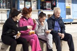 photo 5/17 - Corinne Masiero, Audrey Fleurot, Marilou Berry et Andr� Dussollier - Les Reines du ring - © Warner Bros
