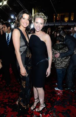 photo 115/137 - Cobie Smulders et Scarlett Johansson - Avant-première Avengers - Avengers - © Walt Disney Studios Motion Pictures France