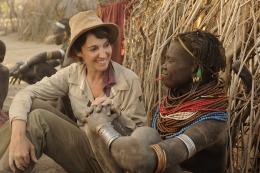 photo 8/10 - Zabou Breitman - Rendez-vous en Terre inconnue - Zabou Breitman chez les Nyangatom en Ethiopie - © Buena Vista Home Entertainment