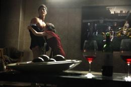 photo 1/6 - Kim Kang-woo, Youn Yuh-jung - L'Ivresse de l'Argent - © Wild Side Films/Le Pacte
