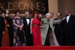 photo 359/711 - Alain Resnais retrouve l'�quipe du film - Pr�sentation de Vous n'avez encore rien vu - Cannes 2012 - 65�me Festival International Du Film De Cannes 2012 - © Isabelle Vautier pour CommeAuCinema.com