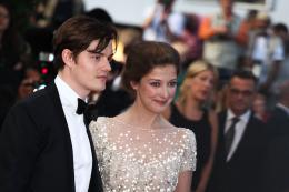 photo 48/143 - Sam Riley et sa compagne Alexandra Maria Lara - Cannes 2012 - Nos plus belles photos du Festival de Cannes 2012 ! - © Isabelle Vautier pour CommeAuCinema.com