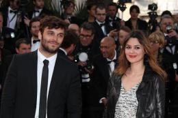 photo 92/143 - Pio Marmai �tait en bonne compagnie (Emilie Simon) sur le tapis rouge - Cannes 2012 - Nos plus belles photos du Festival de Cannes 2012 ! - © Isabelle Vautier pour CommeAuCinema.com
