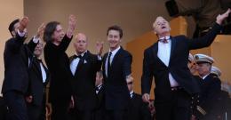 photo 82/143 - Un petit coucou des hommes de Moonrise Kingdom ! - Cannes 2012 - Nos plus belles photos du Festival de Cannes 2012 ! - © Isabelle Vautier pour CommeAuCinema.com