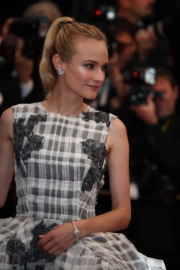 photo 10/143 - Dernière montée des marches pour Diane Kruger - Nos plus belles photos du Festival de Cannes 2012 ! - © Isabelle Vautier pour CommeAuCinema.com