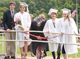 photo 17/42 - Logan Lerman, Emma Watson, Mae Whitman, Ezra Miller, Erin Wilhelmi - Le Monde de Charlie - © SND