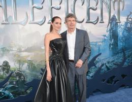 photo 78/125 - Angelina Jolie, Alan Horn - Avant-première à Hollywood - Maléfique - © Walt Disney Studios Motion Pictures France