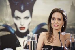 photo 50/125 - Angelina Jolie - Présentation du film Maléfique à Disneyland Paris - Maléfique - © Walt Disney Studios Motion Pictures France