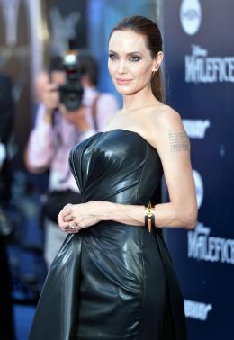 photo 75/125 - Angelina Jolie - Avant-première à Hollywood - Maléfique - © Walt Disney Studios Motion Pictures France