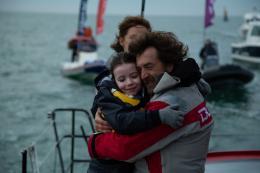 photo 19/31 - Dana Prigent et François Cluzet - En Solitaire - © Gaumont Distribution