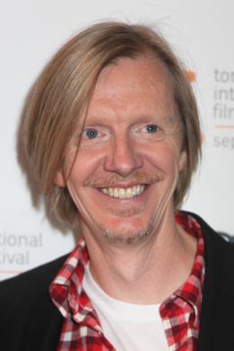 Mr Pip  Andrew Adamson - Présentation du film Mr. Pip au 37ème Festival International du film de Toronto 2012 photo 1 sur 13