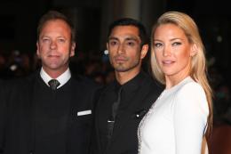 photo 28/28 - Kiefer Sutherland, Riz Ahmed, Kate Hudson - L'intégriste malgré lui - © Isabelle Vautier pour CommeAuCinéma