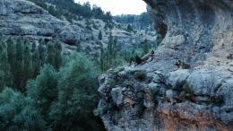 photo 4/6 - Derrière la colline - © Memento Films