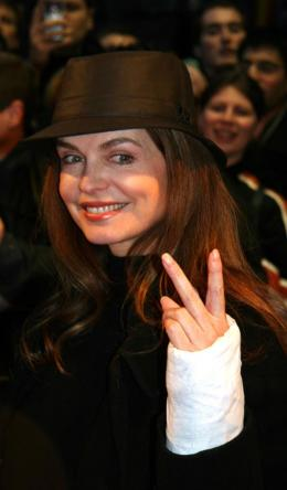 Cyrielle Clair Avant-Première de <i>Jean Philippe</i> - Paris, le 28 mars 2006 photo 8 sur 9