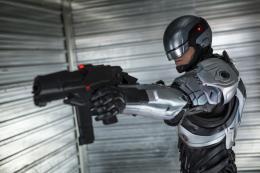 photo 17/31 - Joel Kinnaman - RoboCop - © Studio Canal
