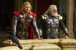 photo 14/143 - Chris Hemsworth, Anthony Hopkins - Thor - Le Monde des Ténèbres - © Walt Disney Studios Motion Pictures France