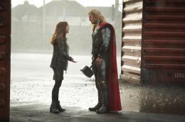 photo 19/143 - Natalie Portman, Chris Hemsworth - Thor - Le Monde des Ténèbres - © Walt Disney Studios Motion Pictures France