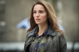 photo 18/143 - Natalie Portman - Thor - Le Monde des Ténèbres - © Walt Disney Studios Motion Pictures France